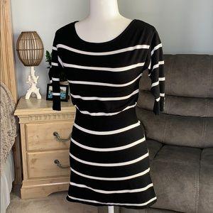 White House Black Market • sweater dress XS